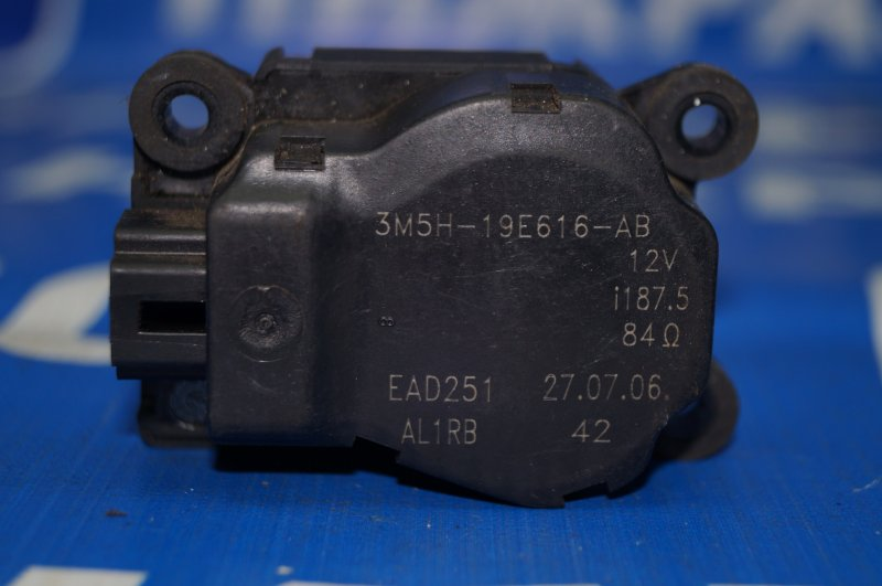 Моторчик заслонки печки Ford Focus 2 (б/у)