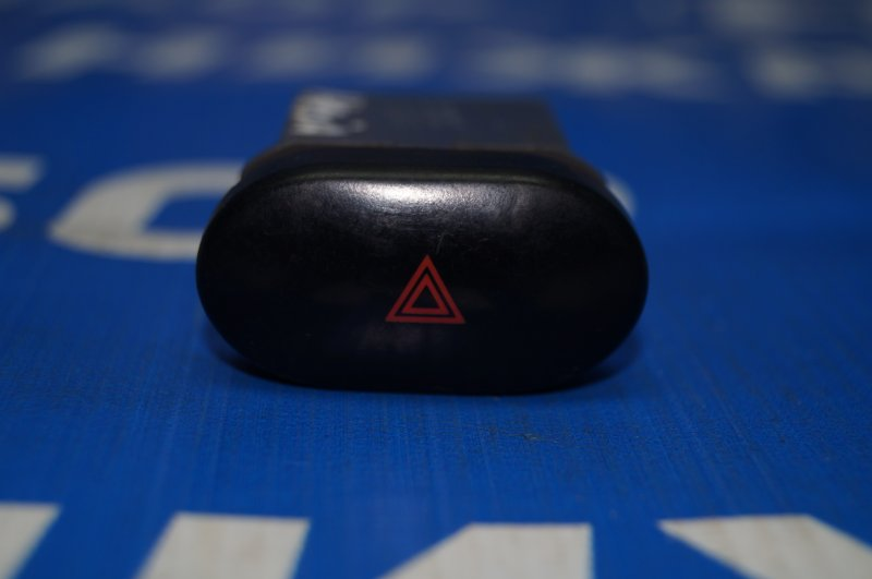 Кнопка аварийной сигнализации Daewoo Nexia 1995 (б/у)