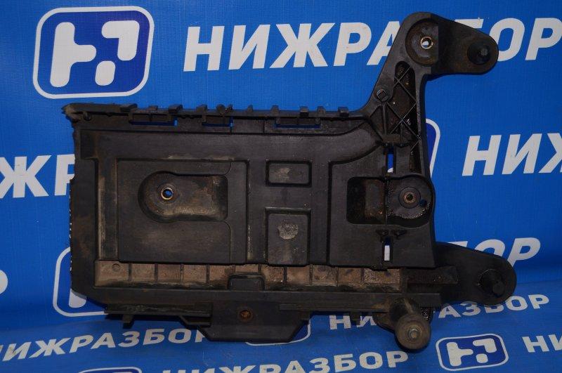 Крепление акб (корпус/подставка) Audi A3 8P 1.4 (CAX) 2008 (б/у)