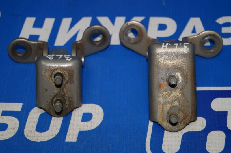 Петля двери Chery Tiggo T11 1.8 SQR481FC 2009 задняя левая (б/у)