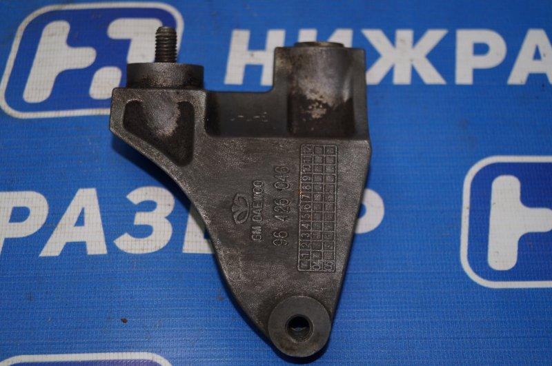Кронштейн генератора Chevrolet Aveo T250 1.4 (F14D3) 2007 (б/у)