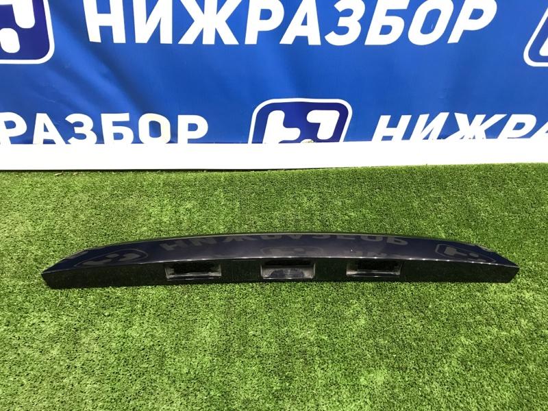 Накладка крышки багажника Lada Vesta задняя (б/у)