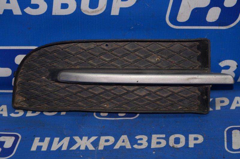 Решетка в бампер Chevrolet Aveo T250 1.4 (F14D3) 2007 передняя правая (б/у)