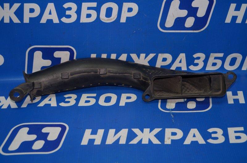 Воздухозаборник (наружный) Ford Focus 3 1.6 2011 (б/у)