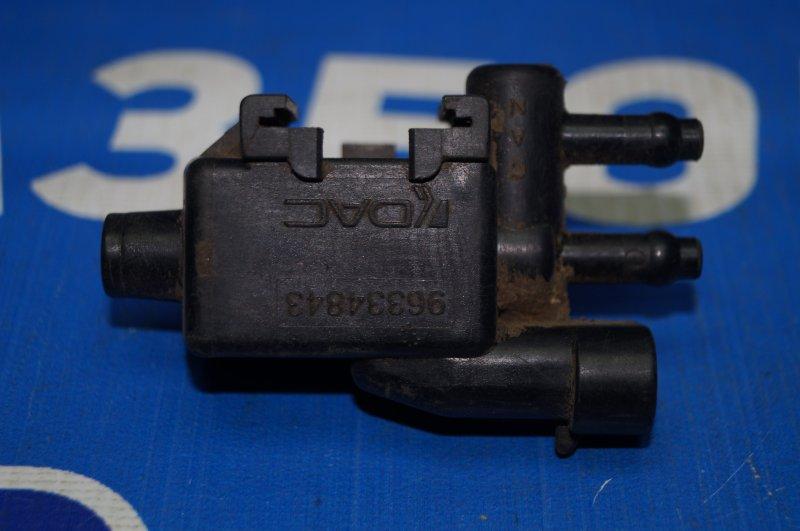 Клапан вентиляции топливного бака Chevrolet Lanos 2004 (б/у)