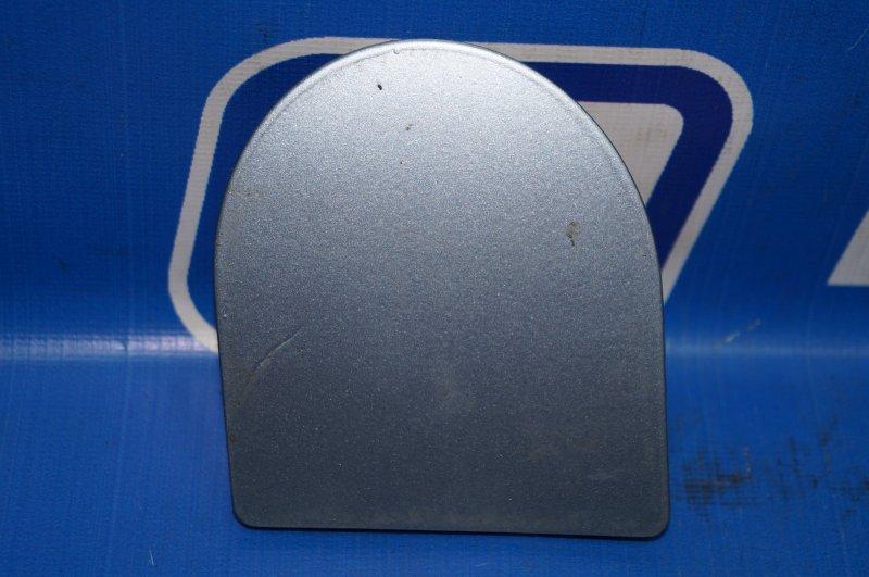Заглушка буксировочного крюка Ford Focus 1 1.6 DURATEC ROCAM 2004 задняя (б/у)