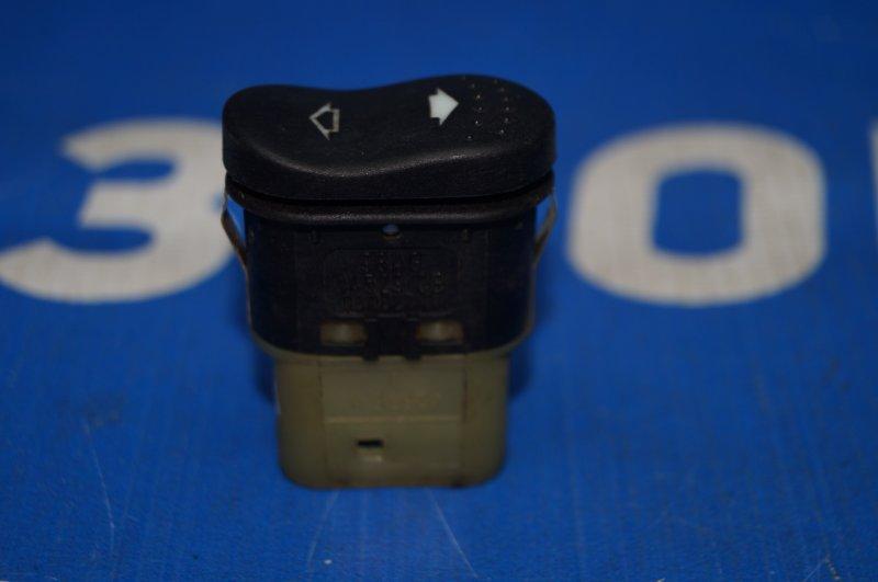 Кнопка стеклоподъемника Ford Focus 1 1.6 DURATEC ROCAM 2004 (б/у)