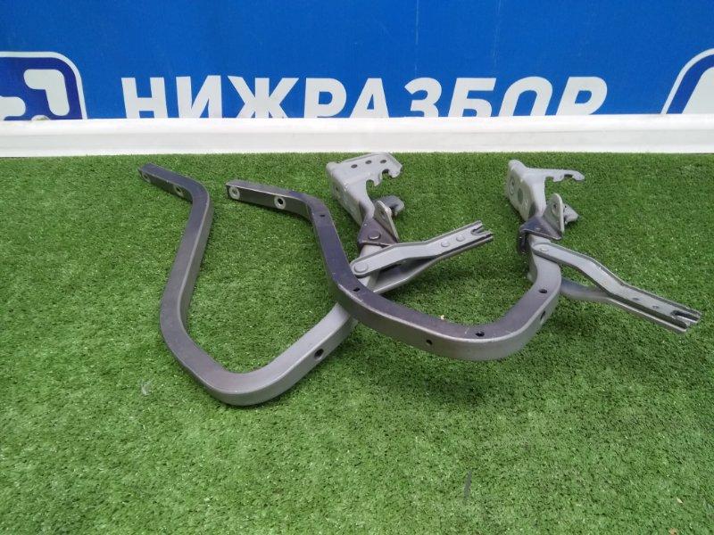 Петля крышки багажника Lada Granta задняя (б/у)