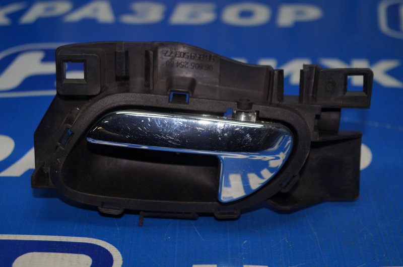 Ручка двери внутренняя Peugeot 308 2007 передняя левая (б/у)