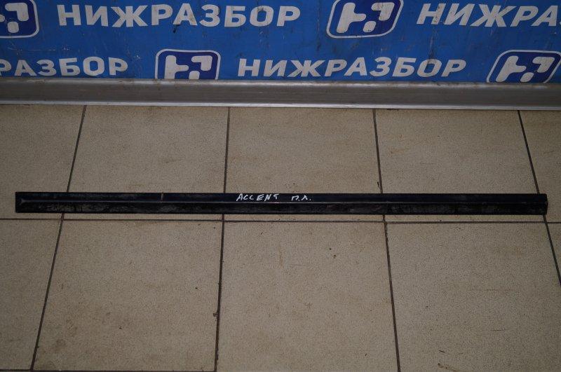 Молдинг двери Hyundai Accent 2 2000 передний левый (б/у)