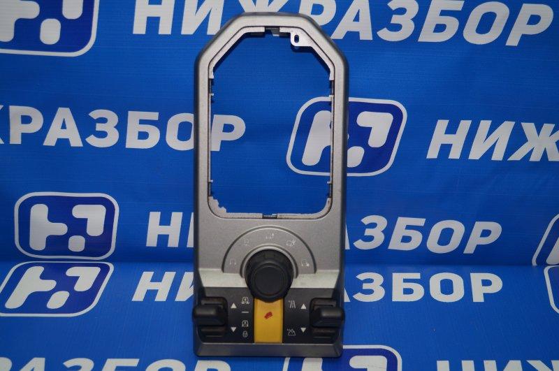 Блок кнопок упр-я подвеской Land Rover Discovery 3 L319 2.7 TDI (276DT) 2008 (б/у)