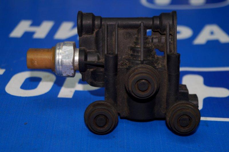 Клапан электромагнитный Land Rover Discovery 3 L319 2.7 TDI (276DT) 2008 (б/у)