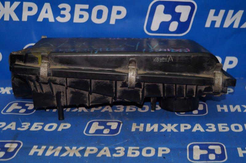 Корпус воздушного фильтра Nissan Sunny Y10 1.5 GA15 1990 (б/у)