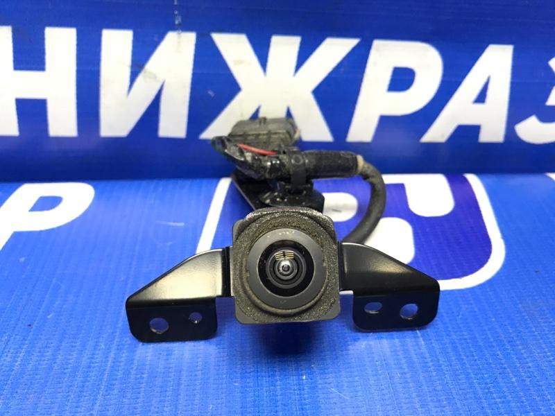 Камера Nissan Patrol передняя (б/у)