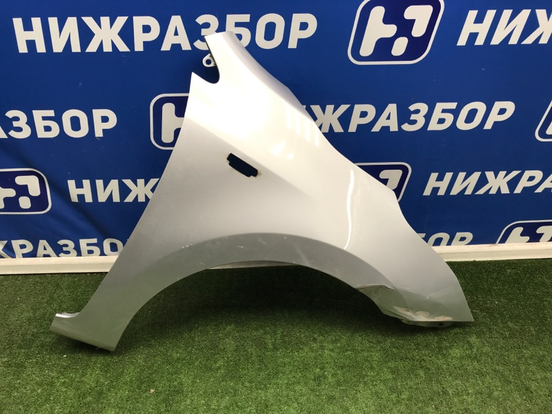 Крыло Kia Rio 4 переднее правое (б/у)