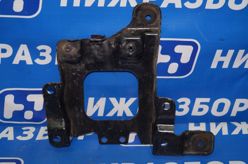 Крепление акб (корпус/подставка) Ford Focus 3 2011 (б/у)