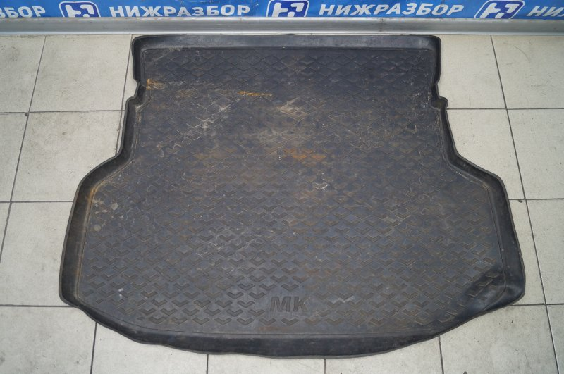 Коврик багажника Geely Mk 1.5 MR479QA 2011 (б/у)