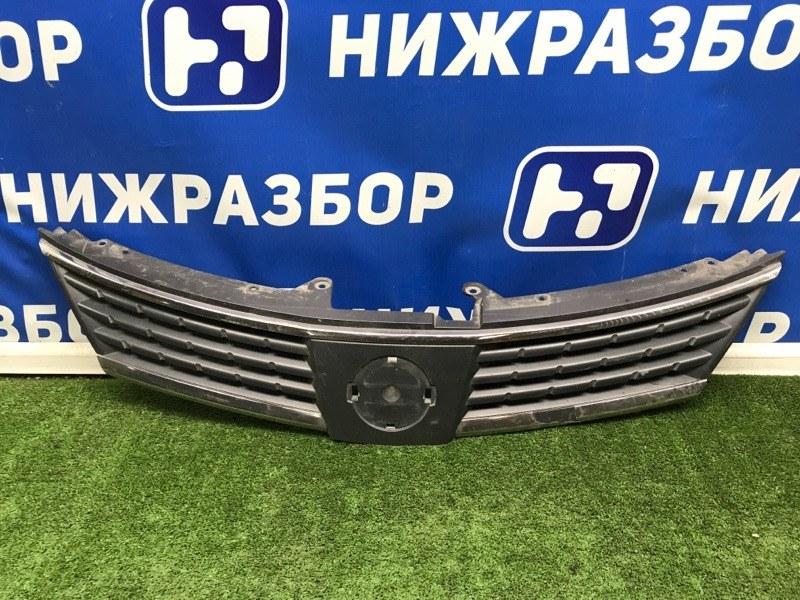 Решетка радиатора Nissan Tiida передняя (б/у)