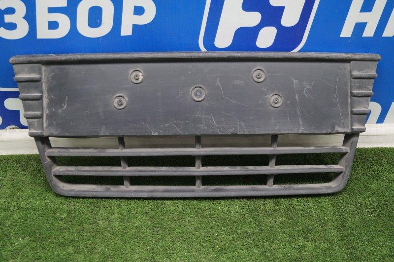 Решетка в бампер Ford Focus 3 2011 (б/у)