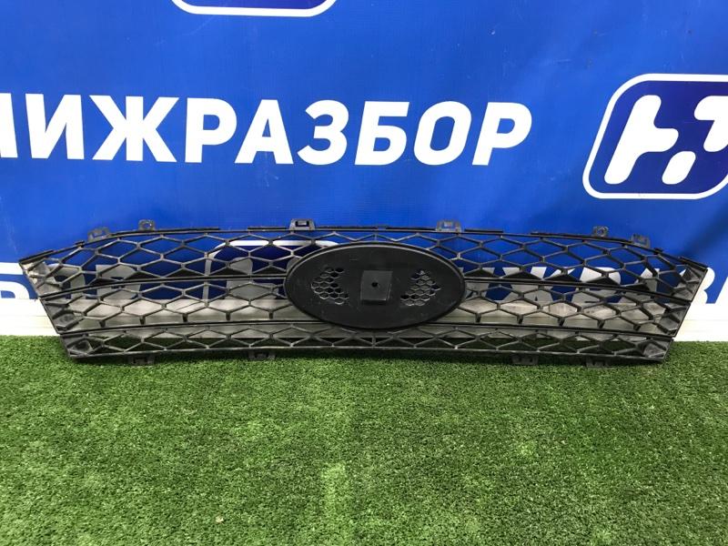 Решетка радиатора Lada Vesta передняя (б/у)