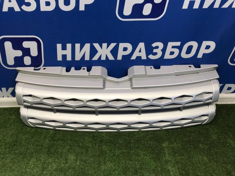 Решетка радиатора Land Rover Range Rover Evoque 2011 передняя (б/у)