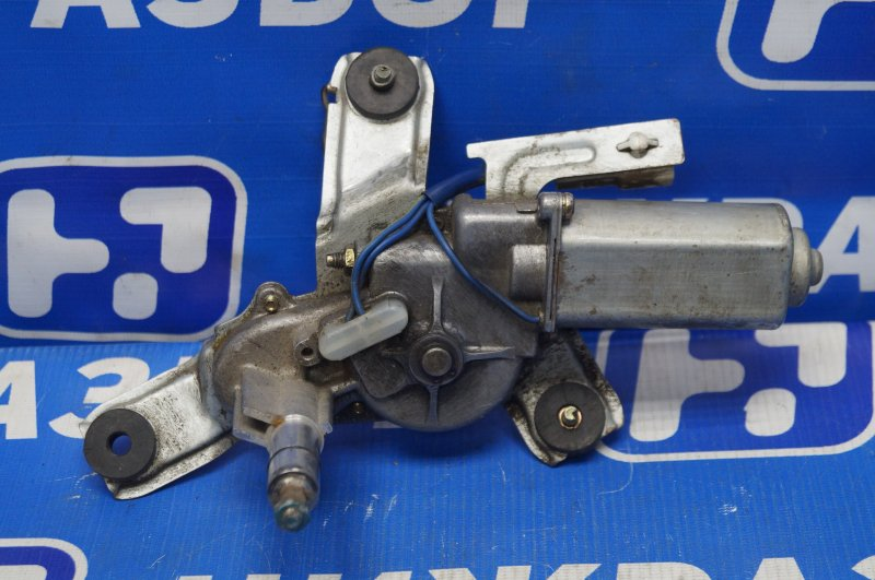 Моторчик стеклоочистителя Toyota Rav 4 1994 задний (б/у)