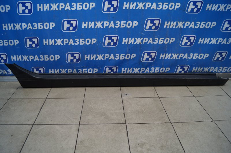 Накладка на порог (наружная) Hyundai Ix35/tucson 2010> правая (б/у)