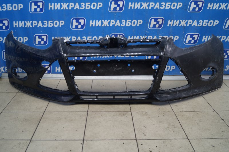 Бампер Ford Focus 3 2011 передний (б/у)