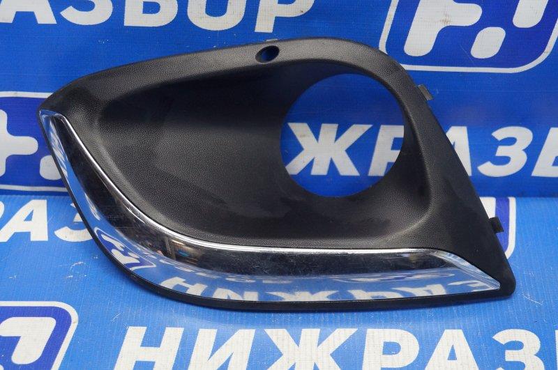 Решетка в бампер Lada Kalina 2 2013> передняя правая (б/у)