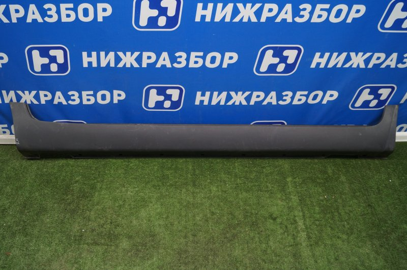Накладка на порог (наружная) Kia Sportage 3 SL 2010 правая (б/у)