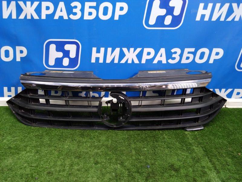 Решетка радиатора Volkswagen Polo 6 передняя (б/у)