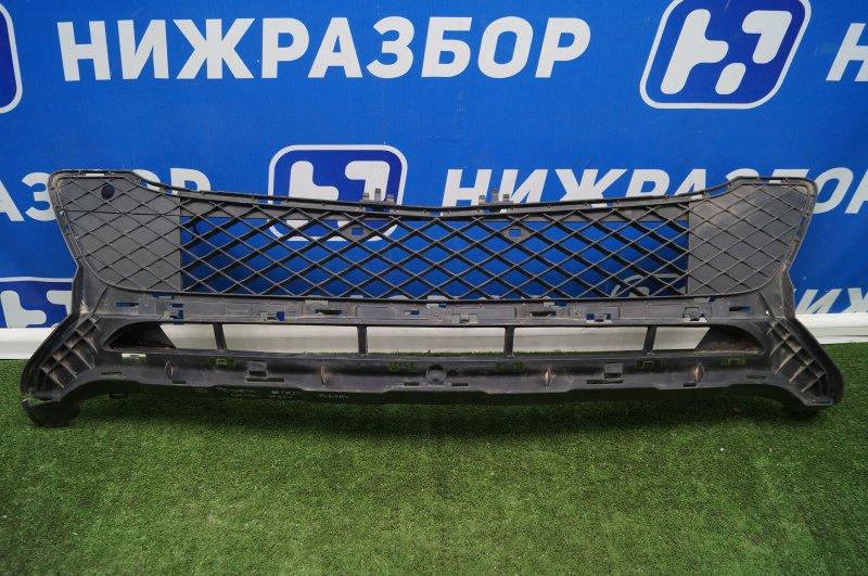 Решетка в бампер Mercedes Glk-Class X204 2008 (б/у)