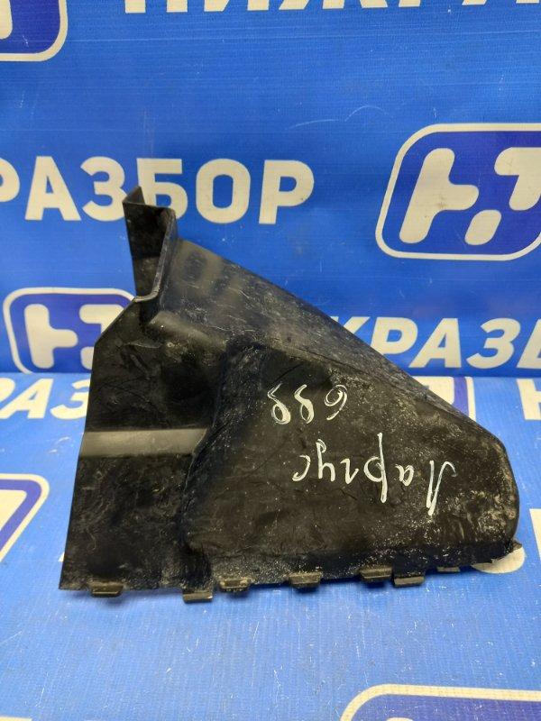 Дефлектор радиатора Lada Largus 2012> левый (б/у)