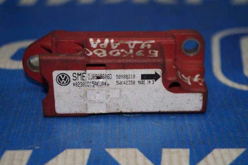 Датчик air bag Volkswagen Golf 4 / Bora 1997 (б/у)