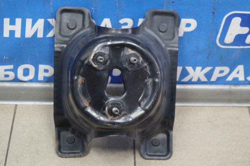 Кронштейн крепления запасного колеса Honda Cr-V 2 2.0 (K20A4) 1007182 2002 (б/у)