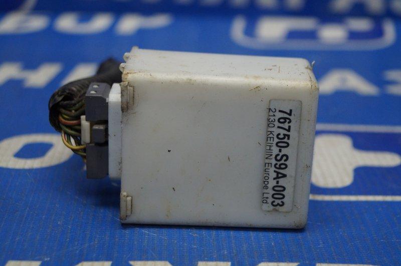 Реле стеклоочистителей Honda Cr-V 2 2.0 (K20A4) 1007182 2002 заднее (б/у)