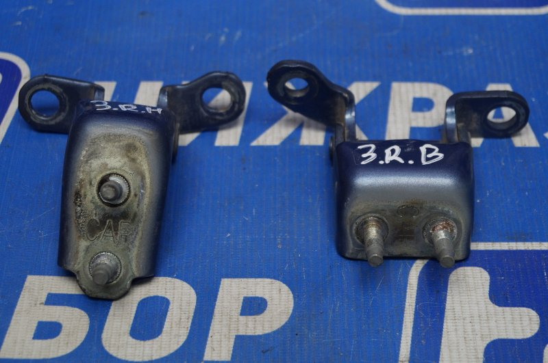 Петля двери Honda Cr-V 2 2.0 (K20A4) 1007182 2002 задняя правая (б/у)