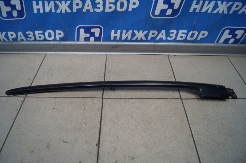 Молдинг лобового стекла Honda Cr-V 2 2.0 (K20A4) 1007182 2002 правый (б/у)
