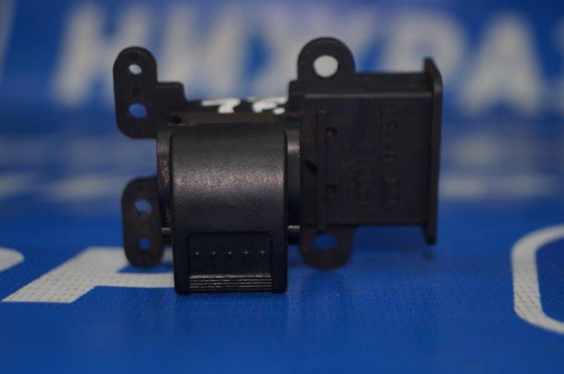 Кнопка стеклоподъемника Honda Cr-V 2 2.0 (K20A4) 1007182 2002 (б/у)