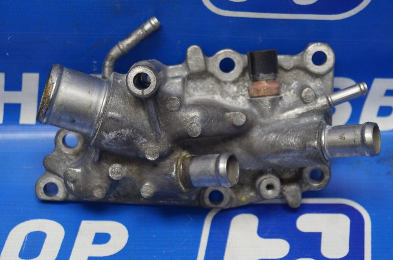 Фланец двигателя системы охлаждения Renault Kaptur 1.6 (H4M438) P098012 2019 (б/у)