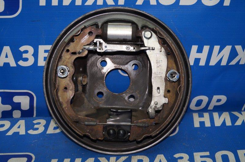 Щит опорный Renault Kaptur 1.6 (H4M438) P098012 2019 задний левый (б/у)