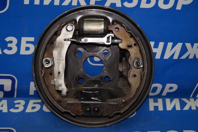 Щит опорный Renault Kaptur 1.6 (H4M438) P098012 2019 задний правый (б/у)