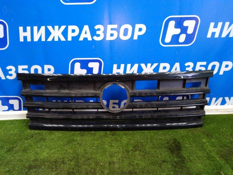 Решетка радиатора Volkswagen Touareg 2018 передняя (б/у)