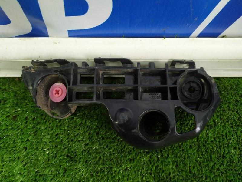 Крепление бампера Toyota Camry V70 переднее правое (б/у)