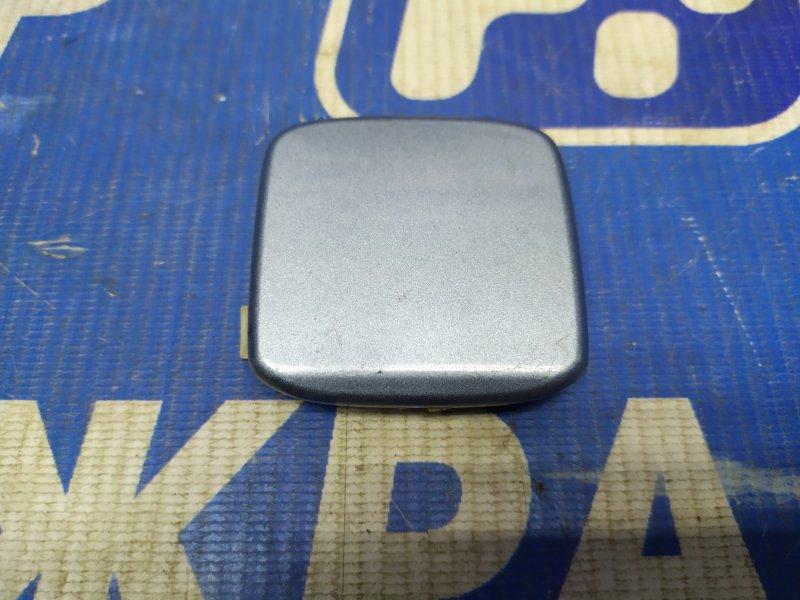 Заглушка буксировочного крюка Ford Focus 2 ХЕТЧБЕК задняя (б/у)