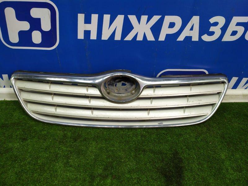 Решетка радиатора Toyota Corolla передняя (б/у)