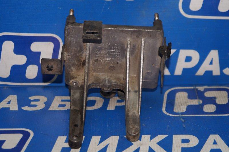 Кронштейн Fiat Albea 1.4 (350A1000) 4594700 2008 (б/у)