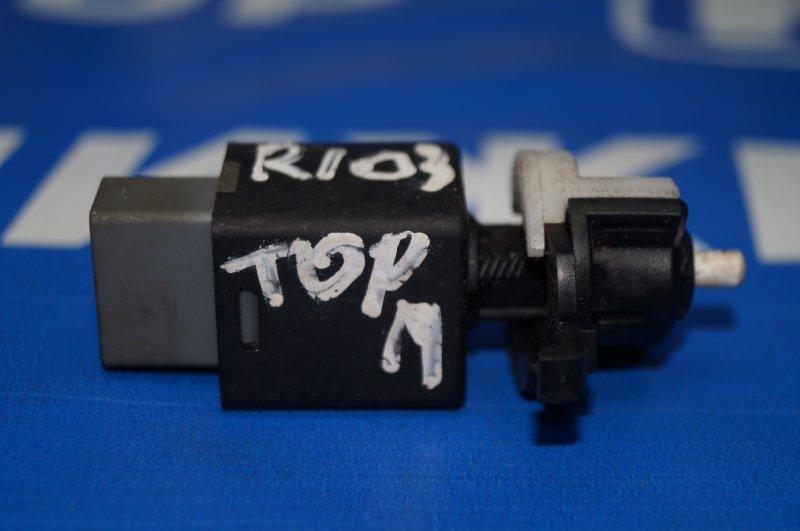 Датчик включения стопсигнала Kia Rio 3 2011 (б/у)