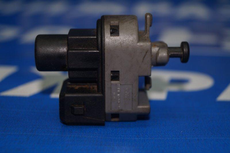 Датчик включения стопсигнала Ford Mondeo 3 2000 (б/у)