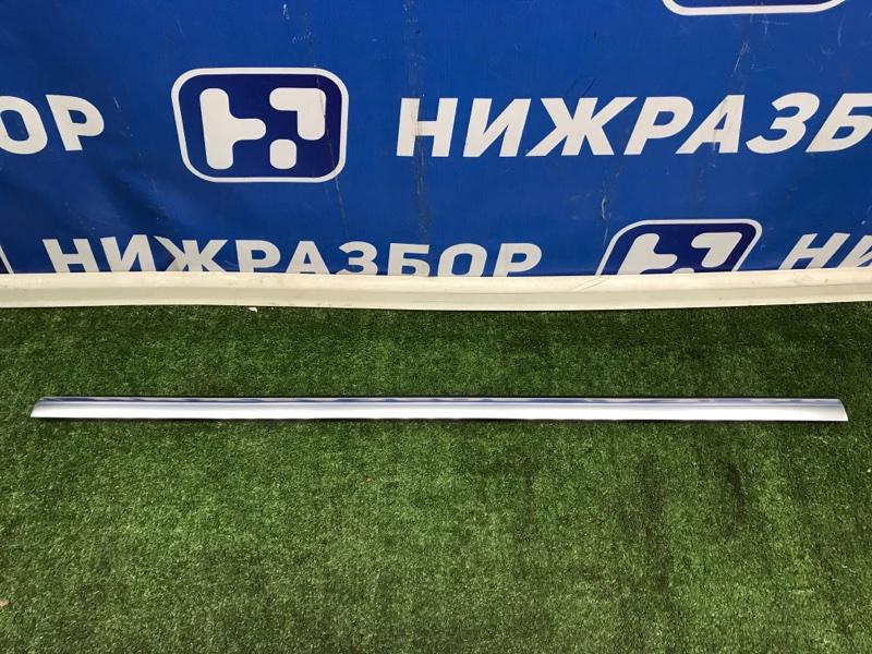Уплотнитель стекла двери Mercedes Glc X253 2015> задний правый (б/у)